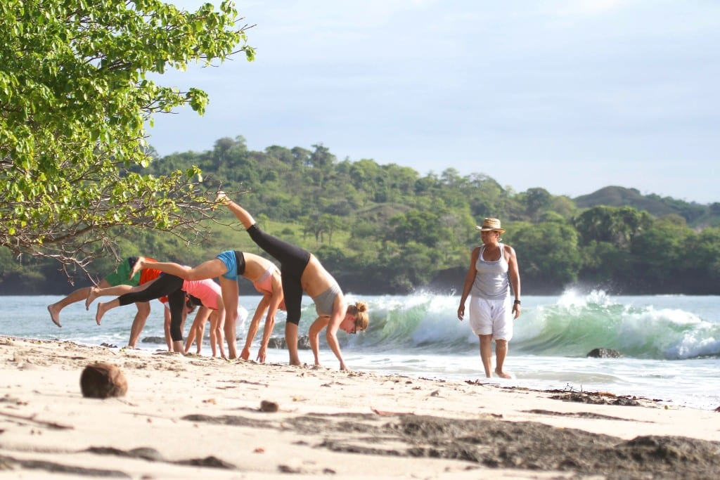yoga surf immersion