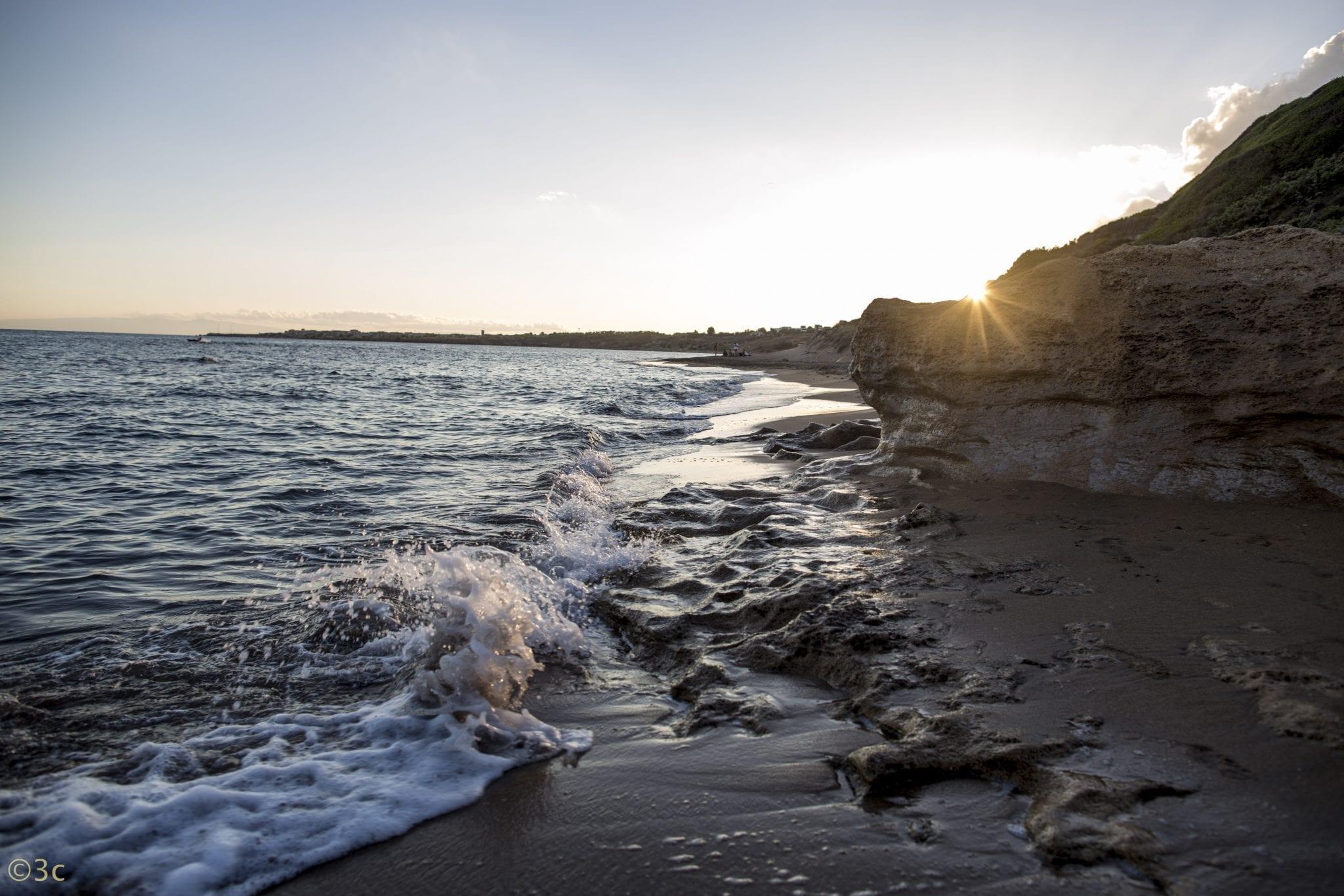 beach yoga in Italy