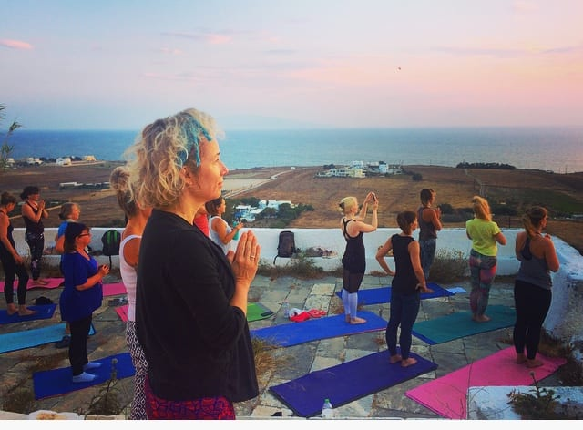 santorini yoga holiday