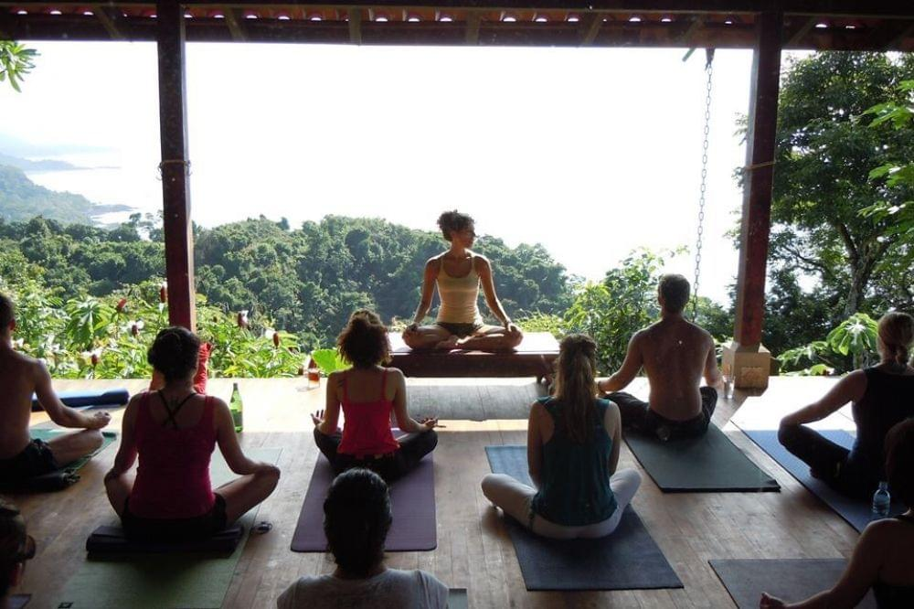 Lakshmi Rising 200hr Vinyasa Yoga Teacher Training in Costa Rica, 5 – 25 August, 11 November – 1 December, 9 – 29 December (2018), 6 – 26 January, 7 – 27 April, 5 – 25 May, 7 – 27 July 2019