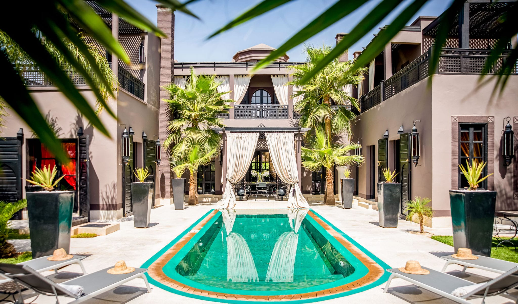 Luxury Retreat Villa in Marrakech, Morocco / 4 Bedroom / 4 Bathrooms & Pool